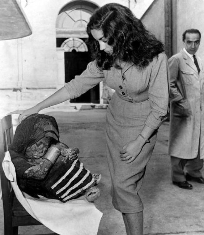 Thumb cuerpo momificado ni o del cerro el plomo de santiago  a o 1954