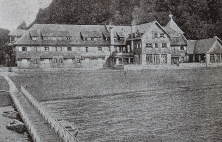 Thumb gu a del veraneante   1950   hotel y lago pirehueico